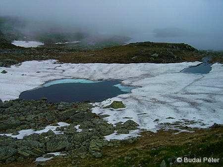 Melting lake in Valea Rea