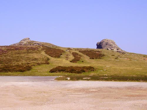 Haytor Rocks when seen from the car park