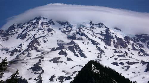 Lenticular Cloud over Mt. Rainier