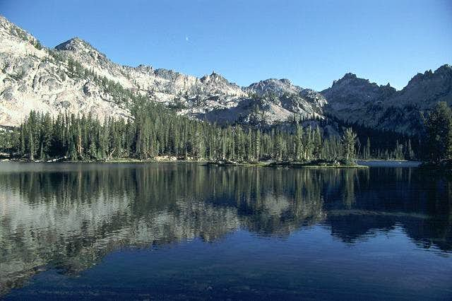 The view across Alice Lake...