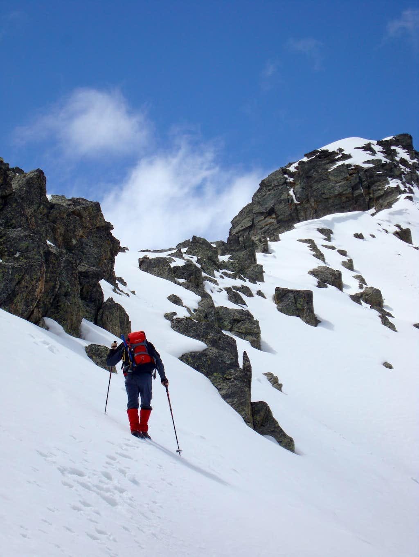 Heading for the Portillon ridge