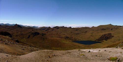 Laguna Sanzahuin, Inca Trail Ecuador.