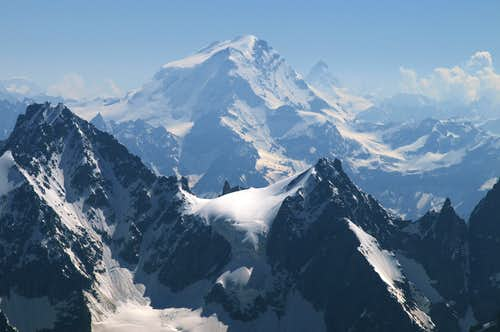 grand combin, alps,matterhorn to the right