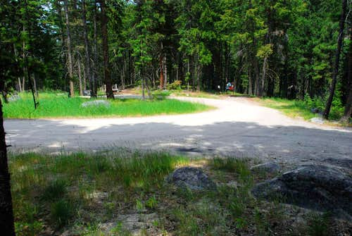 Sawtooth Trailhead Parking Area