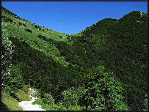 Towards Casera Confin