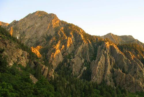 Storm Peak from main canyon road