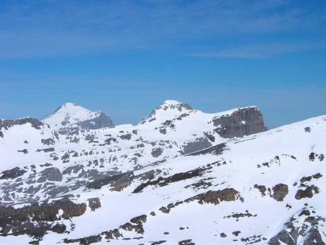 The peaks of Anie (2507m) and...