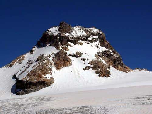 Granta Parei  (3.387m)  all routes from N and W