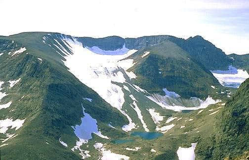 Mount Caubvick from its...