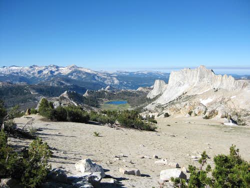 East Side of Matthes Crest with Matthes Lake