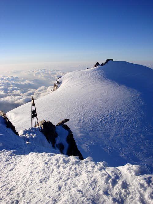 Zumsteinspitze summit (4563m)