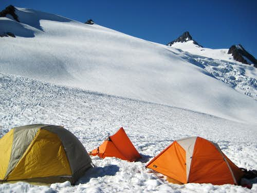 Shuksan- Sulphide base camp