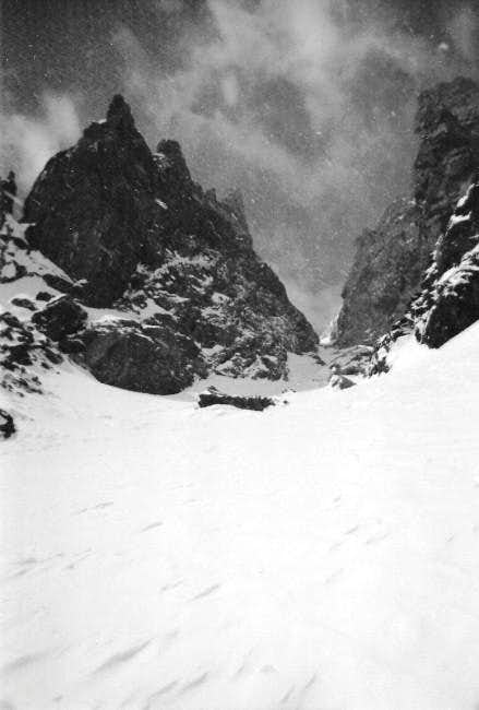 Dragon's Tooth Couloir