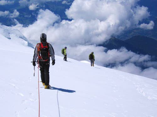 Descent off the  Mont Blanc du Tacul