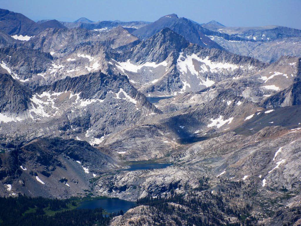 Views just below Black Kaweah (13,765')