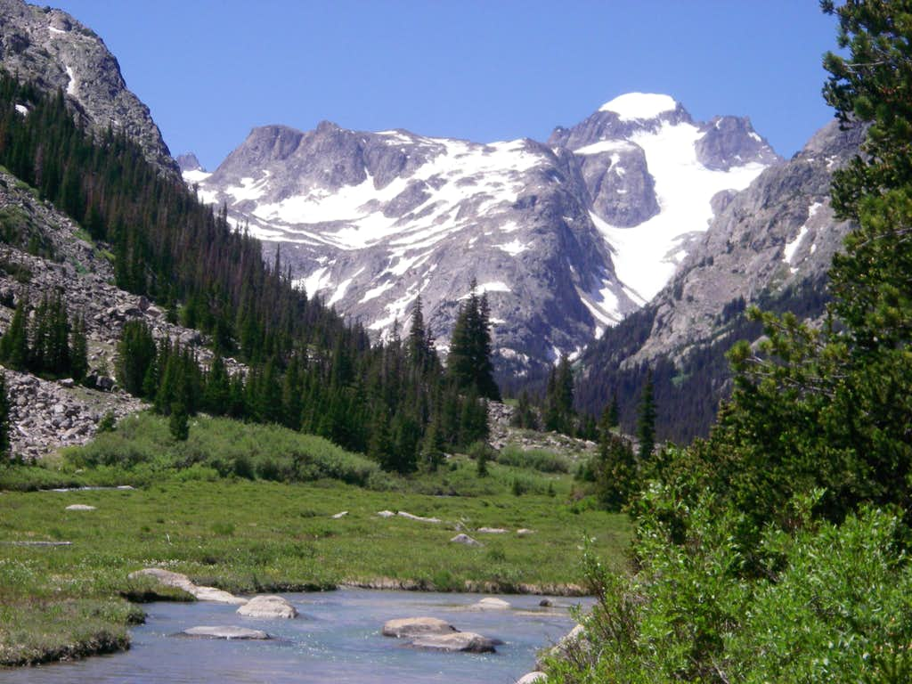Gannett Peak from Dinwoody Creek