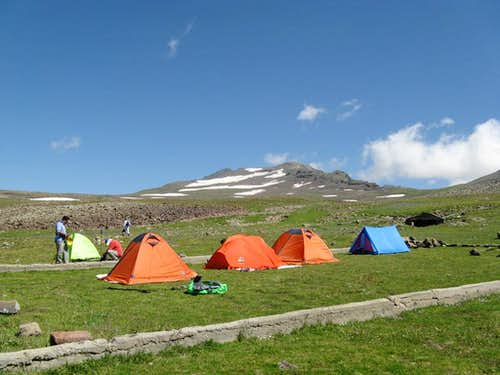 Our camp beside Kari lake