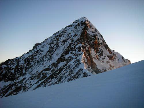 Dent Blanche 4357m - south ridge
