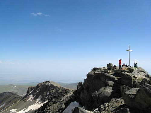 The western summit (right/front) and the southern summit (left/back)