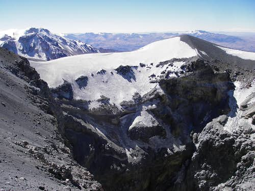 Hualca Hualca, False Summit on Sabanca and the Crater