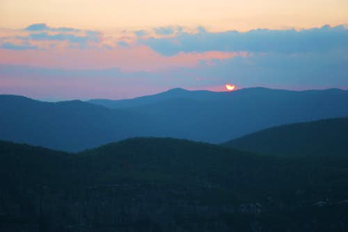 Another great day ends at Linville Gorge
