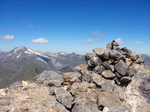 Summit of Gabieto Oriental