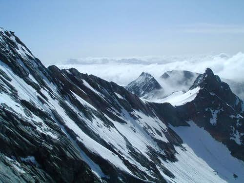 View down the SE ridge from Adlersruhe