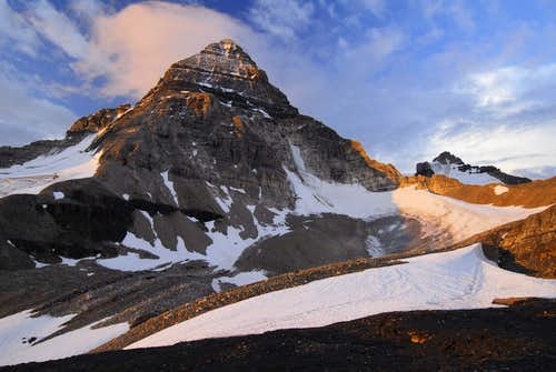 Sunrise on Mt Assiniboine