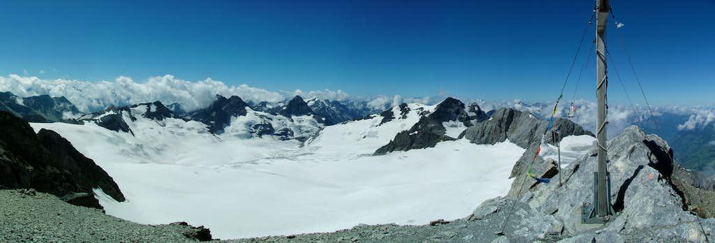 Clariden summit panorama