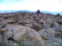 Rocky summit plateau of Rogers Peak