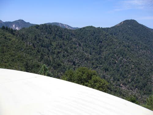 Mt. Lawlor (5.957') (R) and its East Ridge