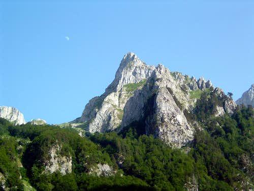 Peak Ocnjak  2180 m