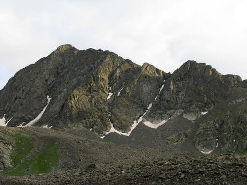 North Ridge from Three Apostle Basin