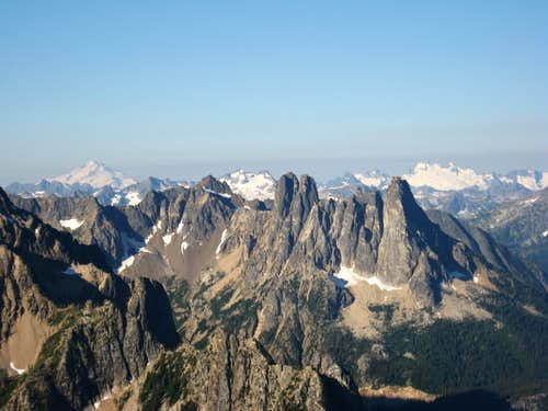 Liberty Bell framed by Glacier Peak and Dome Peak