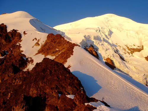 Illimani, 6.439 m  - climbing the normal route (July 2008)