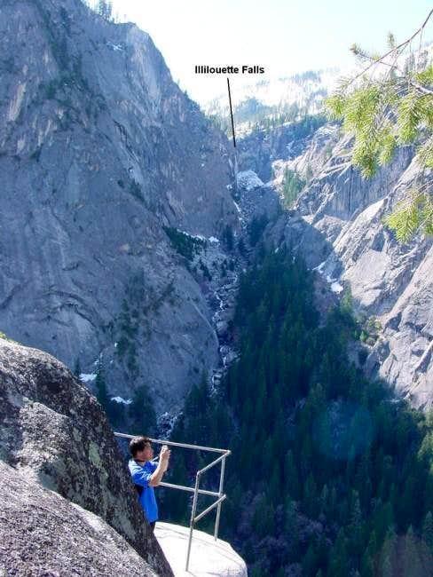 Illilouette Gorge from Sierra...