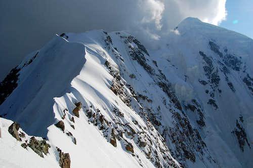 Shkhara E ridge