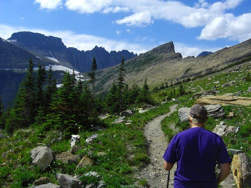 Hiking to Cataract on Piegan pass trail