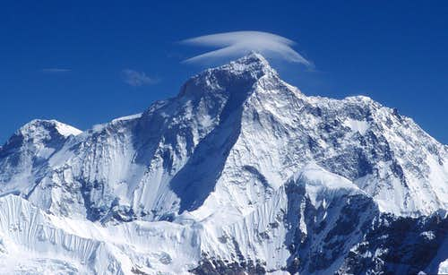 close-up on Makalu as seen from Mera Peak