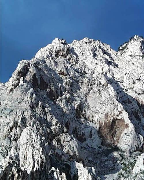 Korinikut Shoulder and Ridges