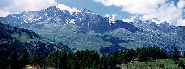 panoramic : the ridge from...