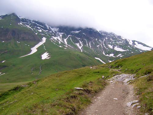The route to Hagener Hütte from Jamnig Hütte