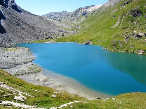 Duan lake (Lägh da la Duana) 2466m