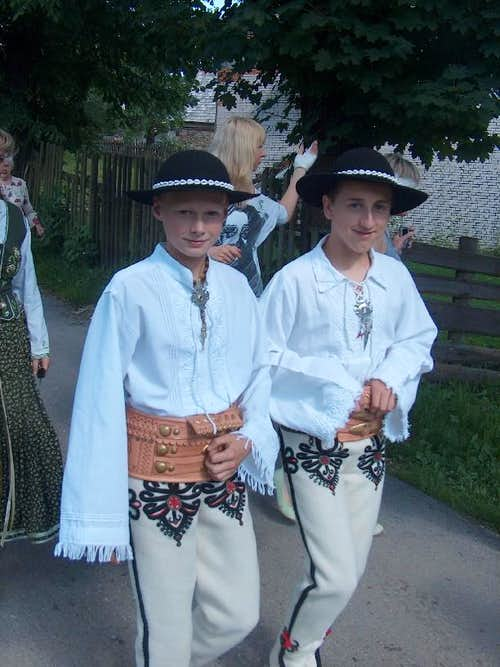 Folkloric costumes of the region of Gorce