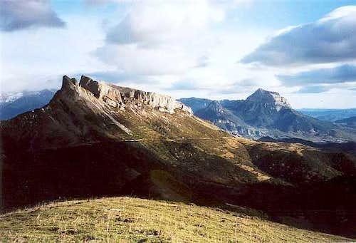Castillo Mayor & Peña Montañesa