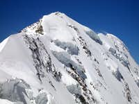 The famous 4.000m in the Aosta Valley and the normal route or no <b>(Gressoney Valley)</b>