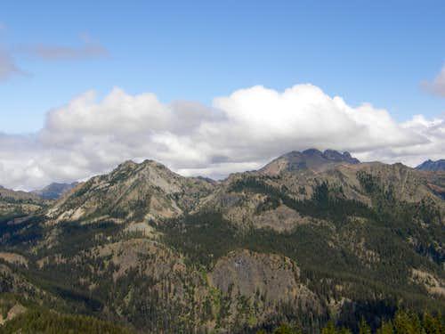 Esmeralda Peaks