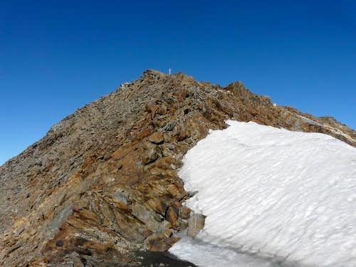 E ridge near the summit