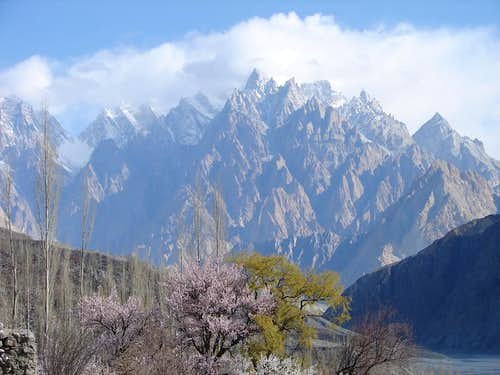 Tupopdan Peak 6106- M , also known as Passu Cathedral