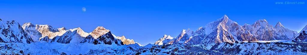 Khan-Tengri - Pobeda panorama.
